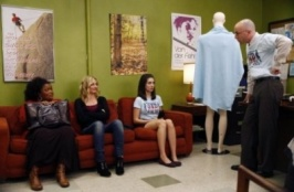 Community 01x11 : The Politics of Human Sexuality- Seriesaddict